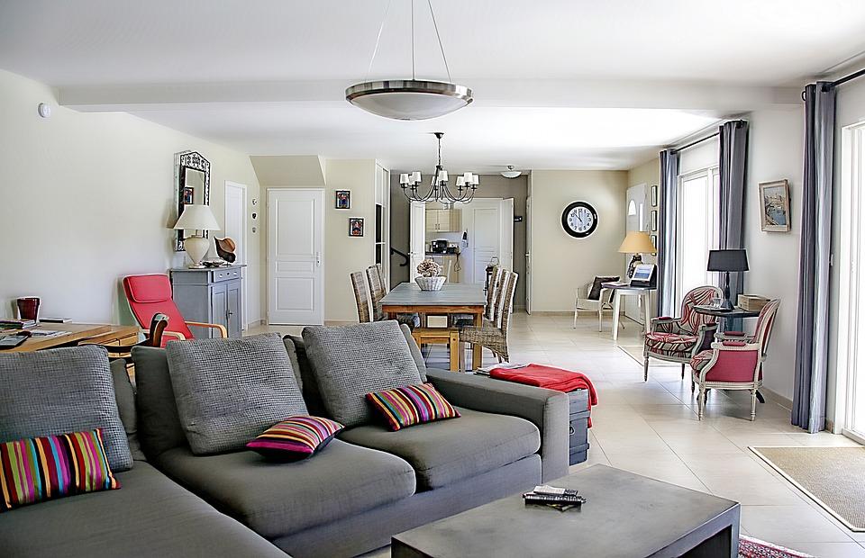 Ozdoby i dekoracje do domu – przegląd